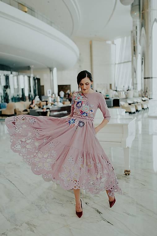 fialové ľanové šaty Poľana
