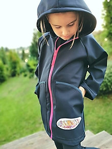 """Detské oblečenie - Dievčenský softshellový kabátik """"pierko"""" - 12377458_"""