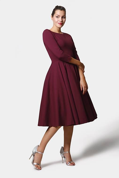 Šaty - Šaty Midi burgundy - 12382319_