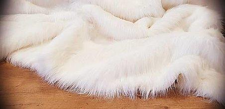 Textil - Kožušina umelá - elegantná jemne krémová - cena za 10 cm - 12383186_