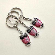 Kľúčenky - Prívesok na kľúče - sova (ružovofialová) - 12380676_