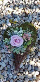 Dekorácie - Spomienkový aranžmán srdce - 12387200_