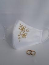 Rúška - Saténové rúško 2-vrstvové s výšivkou Kvety - 12387335_