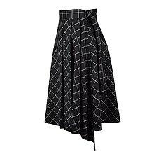 Sukne - ASTRID - áčková zavinovacia sukňa so skladmi a predným cípom (D4 - čierne s bielym prúžkom) - 12385274_