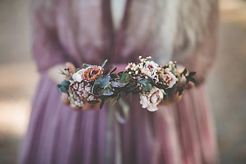 """Kvetinový venček """"pavučiny spomienok"""""""