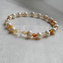 Náramky - Náramok perla a karneol - 12395241_