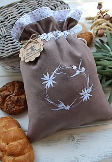 Úžitkový textil - Vyšívané bavlnené vrecko - 12394064_