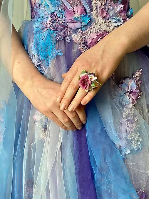 """Kvetinový prstienok """"nežné ticho"""""""