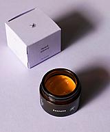 Esenzia - omladzujúci krém s astaxantínom (50 ml)