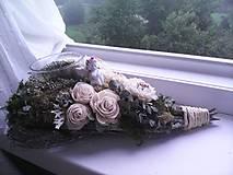 Dekorácie - Srdiečko na dušičky ... prírodné ... so svetielkom sviečky ... - 12396330_