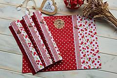 Úžitkový textil - Bodkované prestieranie-jahôdka - 12402155_