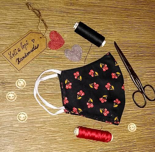 BIO Dizajnové rúško Červené kvety na čiernej LIMITOVKA