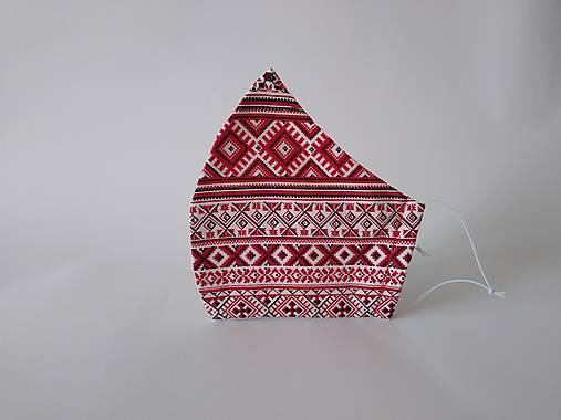 Dizajnové rúško folklór červené tvarované dvojvrstvové