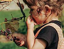 Detské doplnky - Detské zlaté náušnice s ametystom - MALÁláska - 12406297_