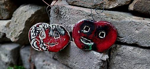 tekvica závesná dekorácia červeno-zelená