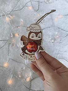 Dekorácie - Vianočná ozdoba salónka tučniak - 12416875_