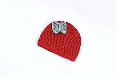 Červeno-šedá čiapka s mašličkou EXTRA FINE