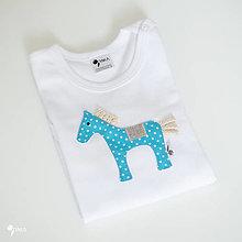 Detské oblečenie - body KONÍK tyrkysový (dlhý/krátky rukáv) - 12427975_