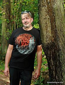 Tričká - Pánske tričko, maľované ZIMA PRICHÁDZA - 12428067_