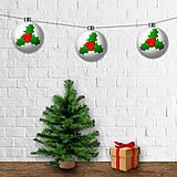 Dekorácie - Vianočná girlanda - gule (cezmína) - 12428219_