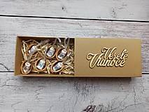 Jezuliatko v škrupinke v darčekovej krabičke