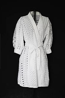 Župany - Zavinovacie kaftanové šaty z bavlnenej vyšívanej madeiry - 12433636_