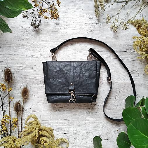 Kabelka DINKY bag - čierna s matným leskom
