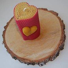 Svietidlá a sviečky - Sviečka so srdiečkom v krabičke - 12436811_