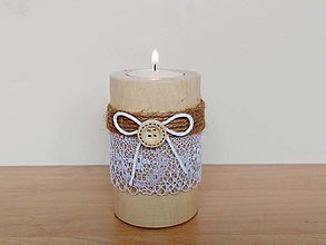 Svietidlá a sviečky - Drevený svietnik - 12452567_