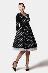 Šaty - Šaty Cross bodkované - 12458187_
