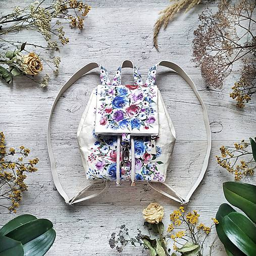 Ruksak CANDY backpack -  krémová s potlačou maľovaných kvetov