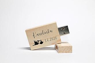 Drobnosti - DREVENÉ USB_NAŠE DIEŤATKO II - 12462247_