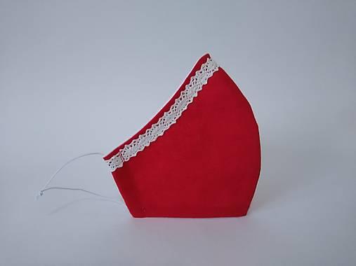 Dizajnové rúško červené s čipkou tvarované dvojvrstvové
