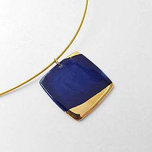 Náhrdelníky - porcelánový prívesok ∣ zlato - 12465118_