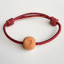 Náramky - Aroma náramok (DÁMSKY vínová Srdce) - 12465381_
