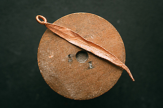 Náhrdelníky - Prívesok vŕba - 12469276_