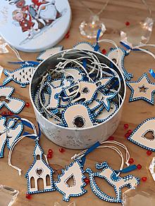 Dekorácie - Drevené vianočné ozdoby - Slovensko, modrá folklórna kolekcia 2 - 12470312_