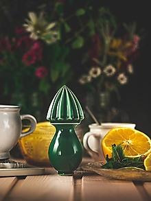 Pomôcky - Citrusovač - lis na citrusy - zelený - 12470145_