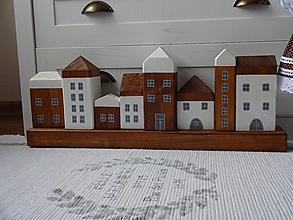 Dekorácie - Sada 8 domčekov na hranole - 12480964_