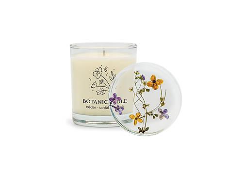 Svietidlá a sviečky - céder • santal • klinček ~ vonná sviečka zo sójového vosku - 12486429_