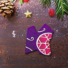 Magnetky - Vianočná magnetka - dekorovaná črepina (výnimočná vločka) - 12489184_