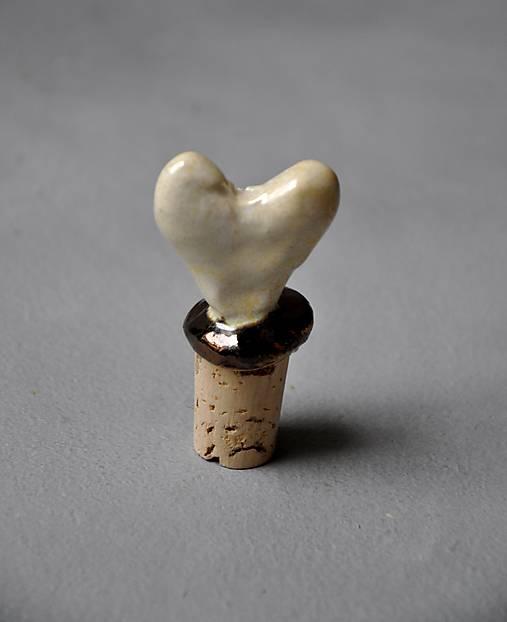 zátka srdce biele
