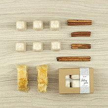 Svietidlá a sviečky - Jablčný závin vonný vosk - aróma - 12504466_