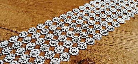 Galantéria - Kamienková stuha - kvietky strieborné - cena za 10 cm - 12504053_