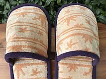 Obuv - Oranžové papuče so vzorom a fialovým lemom - 12500345_