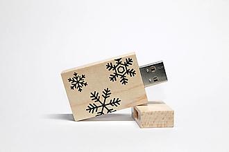 Drobnosti - DREVENÉ USB_VIANOČNÁ NÁLADA - 12503590_