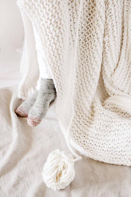 Hrubá hrejivá pletená vlnená deka 100x160cm - prírodná vlna, hodváb, alpaka