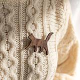 Odznaky/Brošne - Drevená brošňa mačka - 12515150_