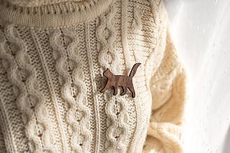 Odznaky/Brošne - Drevená brošňa mačka - 12515159_