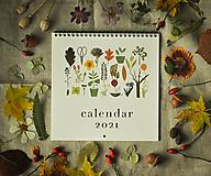 - Kalendár 2021 ,v záhrade, - 12519321_